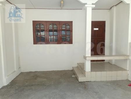 ภาพให้เช่าทาวน์เฮ้าส์2 ชั้น หมู่บ้านพิเชษฐ์2