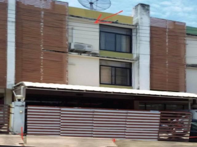 ภาพขายทาวน์เฮ้าส์ : โครงการกรีนเพลส จอมทอง13 (จอมทอง)