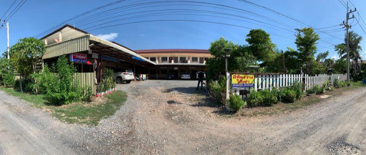 ขายหอพักพร้อมผู้เช่า เนื้อที่ 3 งาน 71 ตรว. ที่โฉนดพร้อมสิ่งปลูกสร้าง เข้าธนาคารได้ ใกล้โรงงานบีฟู๊ด (พร้อมผู้เช่า) ตรงข้ามม.แสงตะวัน พัฒนานิคม ลพบุรี
