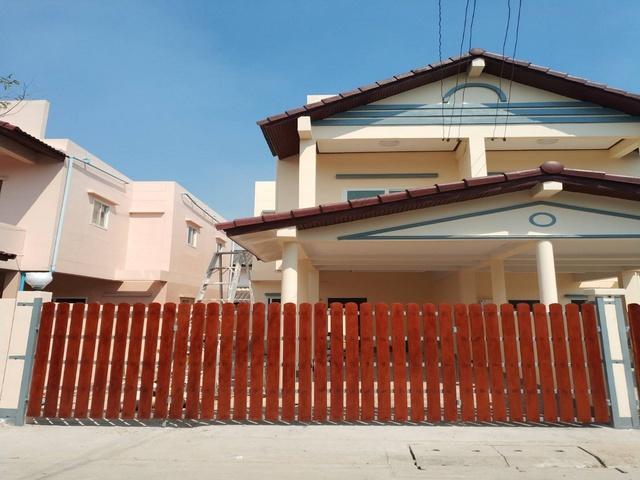 ภาพขายบ้านแฝดซอยอัสสัมชัญ 7 ถนนเพชรเกษม102