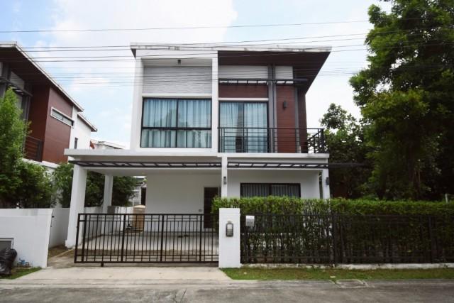 ภาพรหัสทรัพย์  2585 บ้านเดี่ยว หมู่บ้าน วีทู อ่อนนุช-