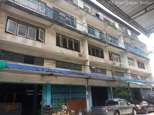 ให้เช่าอาคารพร้อมโกดัง 6 คูหา 3.5 ชั้น พระราม 3