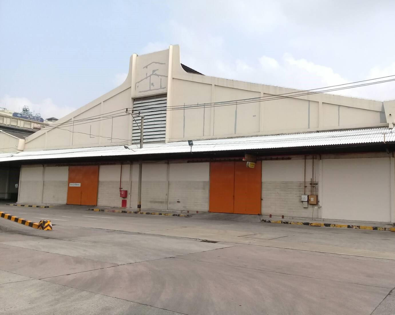 โกดัง/โรงงานให้เช่า พื้นที่ 14,025/6,006/5,220 ตรม. ติดท่าเรือ มีลานจอดรถ อพาร์ทเม้นท์ ใกล้ BTSสำโรง