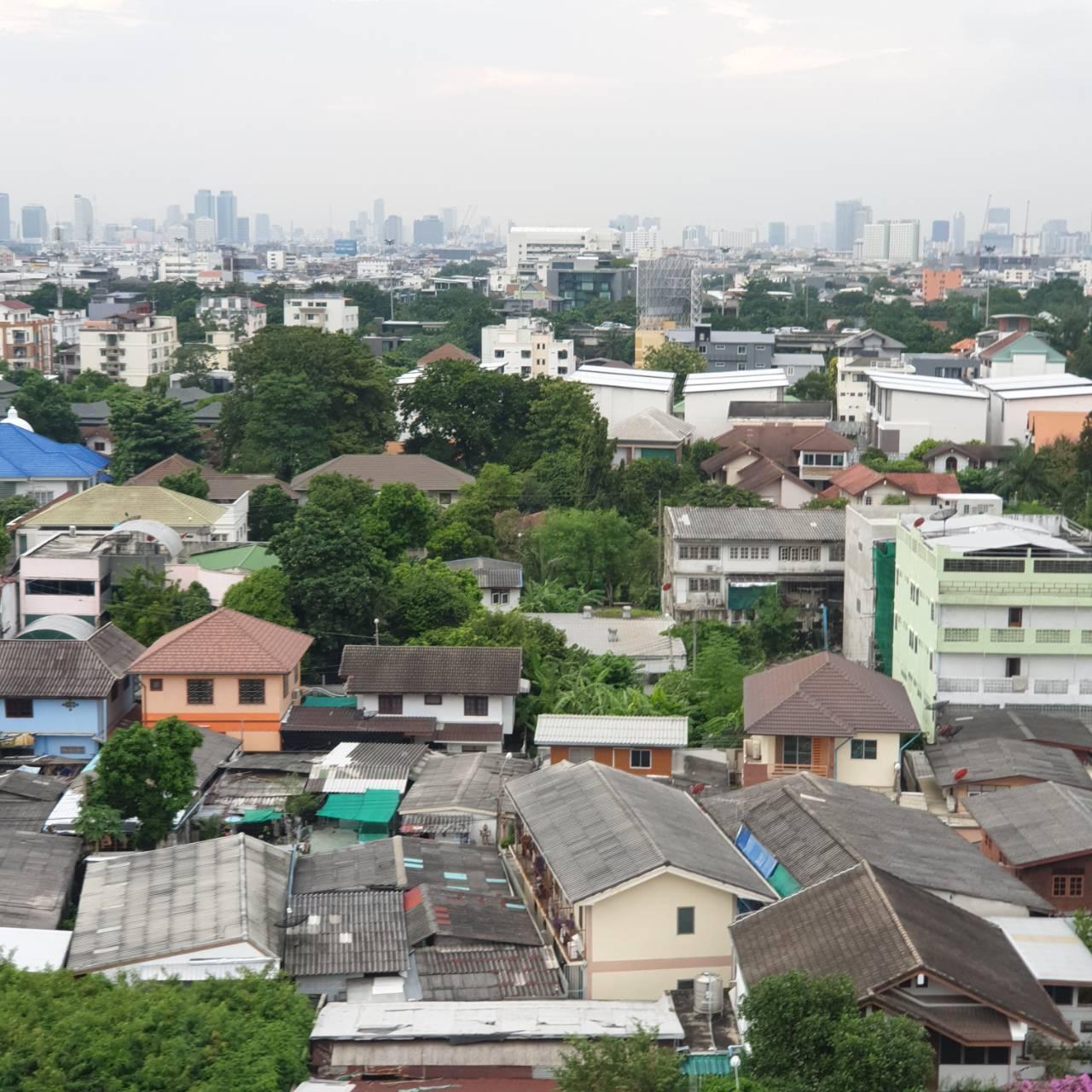 ขายด่วน  คอนโดบ้านสวนซื่อตรง  เนื้อที่ 60 ตารางเมตร  2 ห้องนอน  2 ห้องน้ำ  ลาดพร้าว 87 แยก 7 / ประดิ