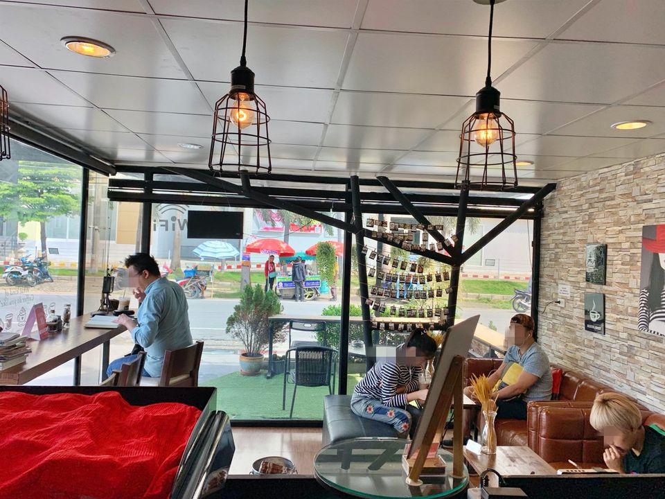 เซ้ง‼️ ร้านกาแฟ @The Walk ราชพฤกษ์ ด้านหลังของห้าง ติดลานจอดรถ