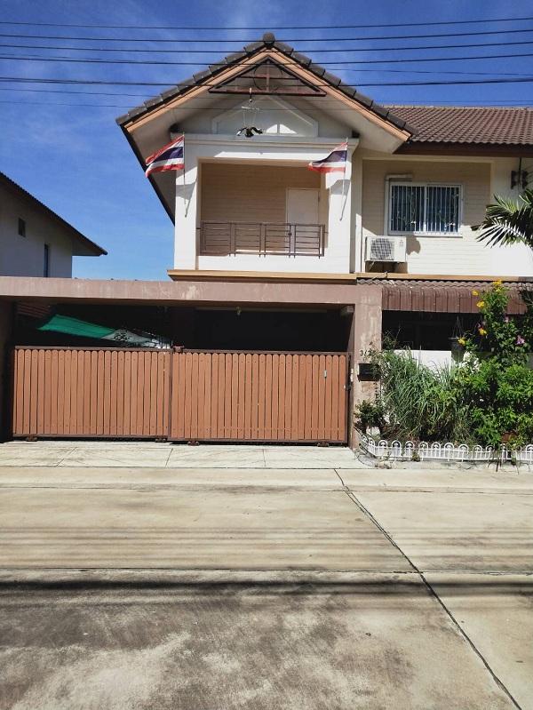 ขายบ้านแฝด 2 ชั้น ในโครงการ เจริญรัตน์วิลล์ บ้านโพธิ์ (JR VILLE)