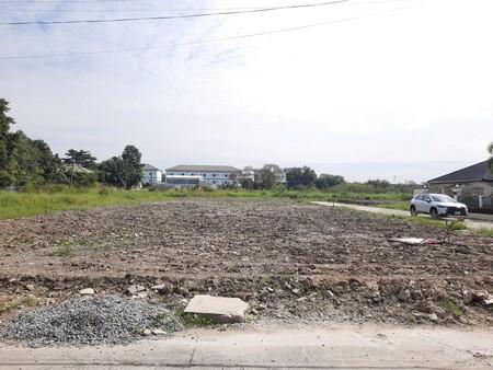 ภาพขายที่ดินถมแล้ว ซอยพระยาสุเรนทร์ 33 หมู่บ้านชื่นกมลนิเวศน์ 7