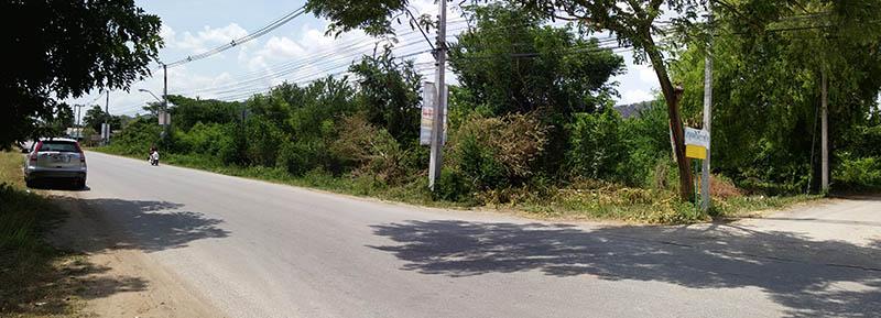 ขายที่ดินทำเลทอง ข้างสถานีรถไฟกาญจนบุรี หน้ากว้างมาก ติดถนนทั้งสองด้าน