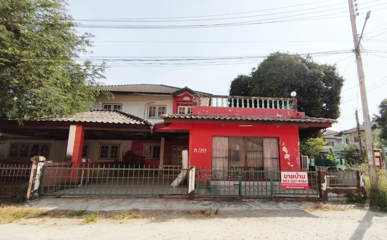 ขายบ้านแฝด 2 ชั้น หลังหัวมุม ราคาถูก หมู่บ้านมัฆวานรังสรรค์ รังสิต ธัญบุรี คลอง10 ขนาด 62.4 ตร.วา