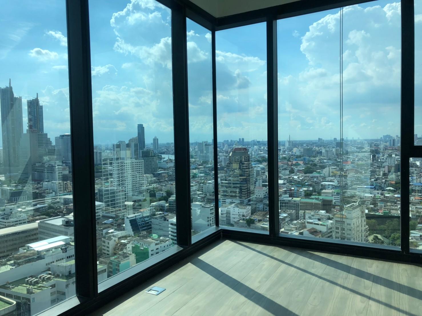 *เจ้าของขายเอง* ขายดาวน์โครงการLoft Silom  ห้องมุม ชั้นสูงขนาด 2 ห้องนอน 1 ห้องน้ำ พื้นที่ 66 ตรม.