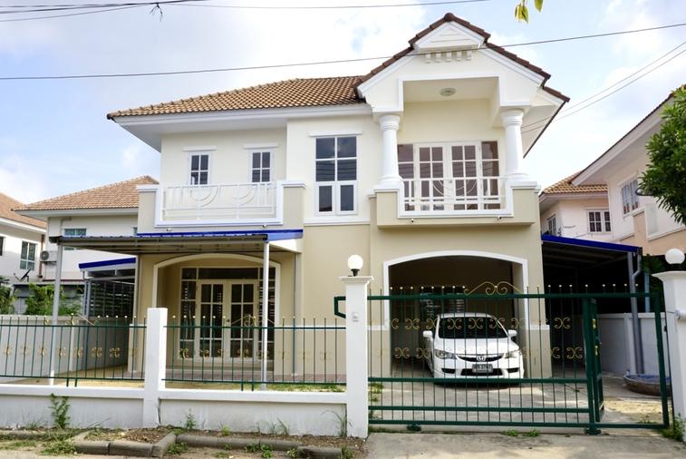 ขายบ้านบุรีรมย์ พระราม2 ซอย 100 เนื้อที่ 51 ตารางวา 3 ห้องนอน 2 ห้องน้ำ บ้านปรับปรุงใหม่ทั้งหลัง อยู