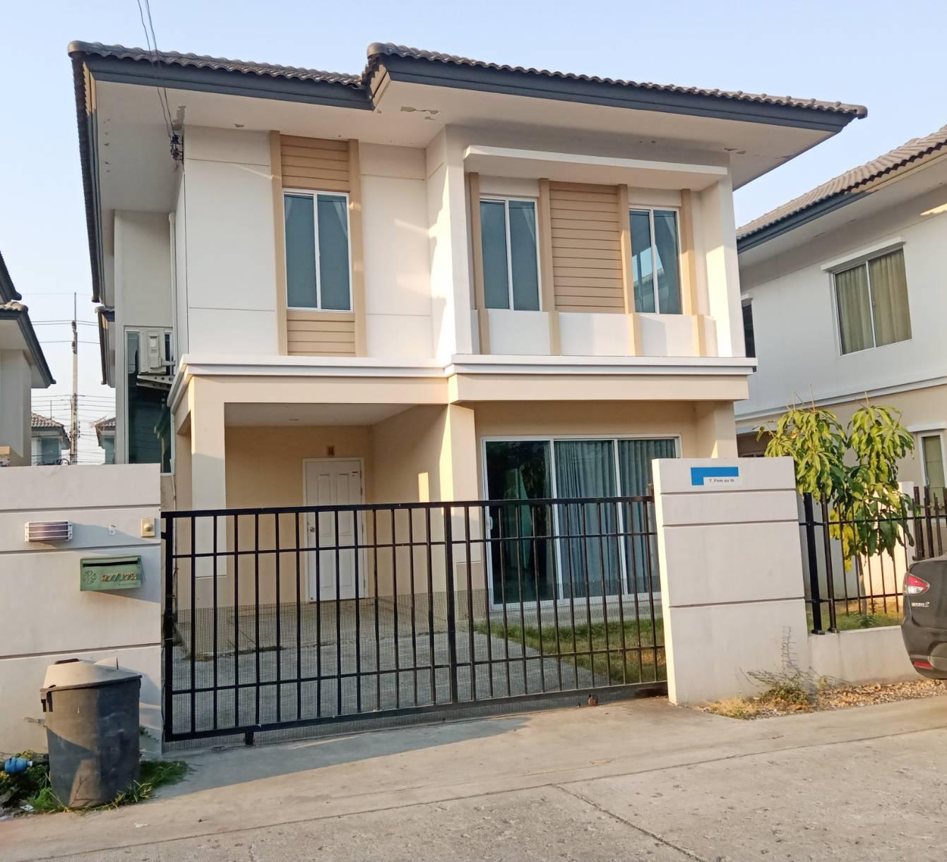 ขายด่วนบ้านสวยพร้อมอยู่ บ้านเดี่ยว 2 ชั้น   หมู่บ้านพฤกษาวิลเลจ 35 (เดอะซีซั่น) คลอง 3 ทำเลดี