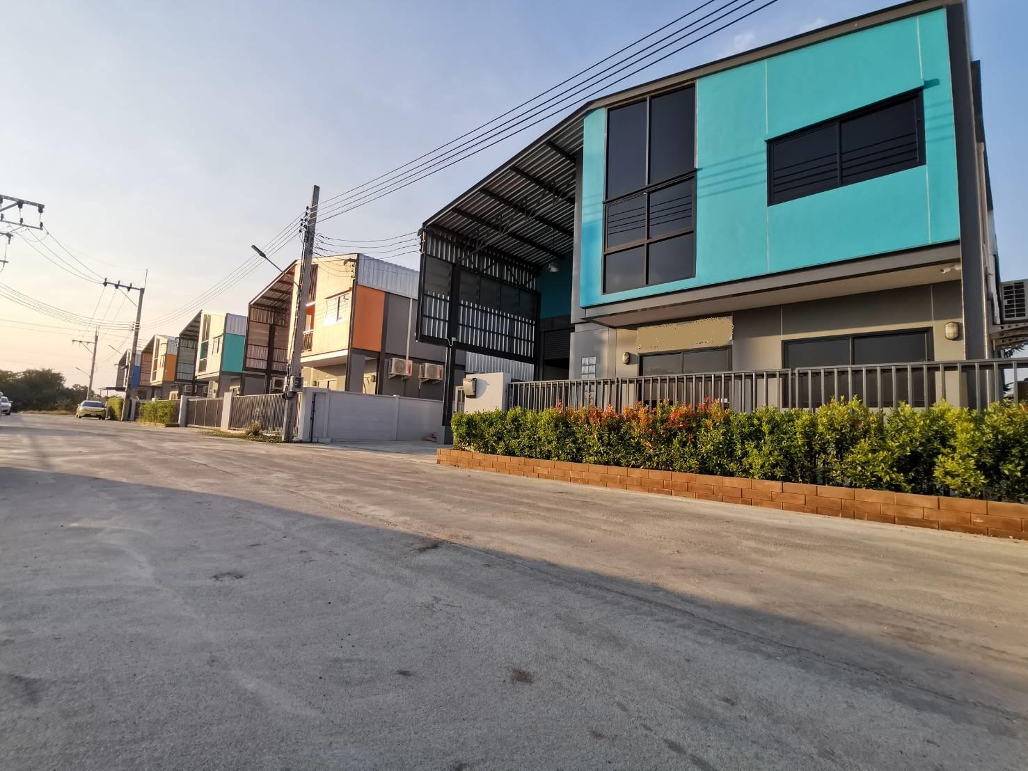ขายโกดังโรงงานมินิแฟคทอรี่ พร้อมอาคารสำนักงาน 2 ชั้น  บางใหญ่ นนทบุรี ใกล้เซ็นทรัลพลาซ่า เวสเกต
