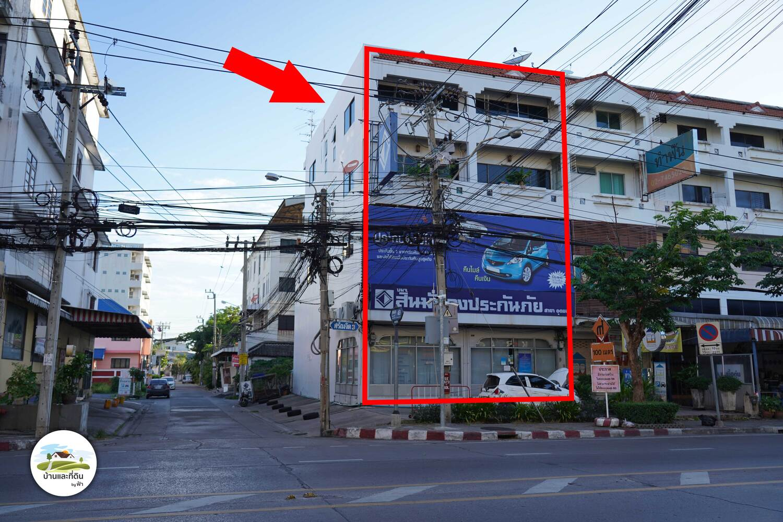 ภาพขายอาคารพาณิชย์ 2 คูหา เชื่อมกัน ติดถนนอุดมสุข ปากซอยอุดมสุข 49 ห้องมุม มีที่จอดรถ