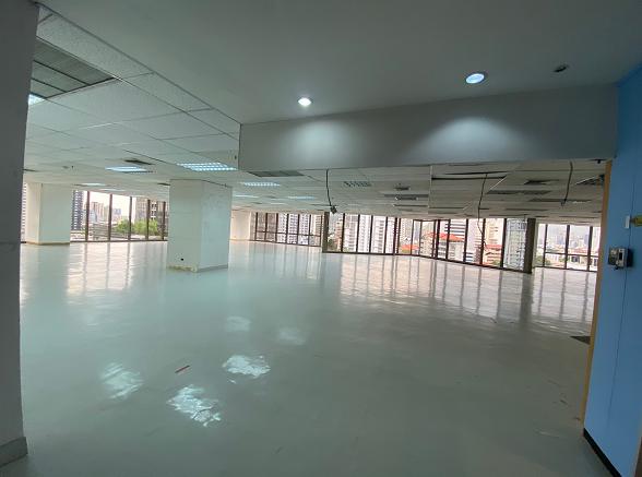 ให้เช่าพื้นที่สำนักงาน ใกล้ MRT เพชรบุรี 150 เมตร
