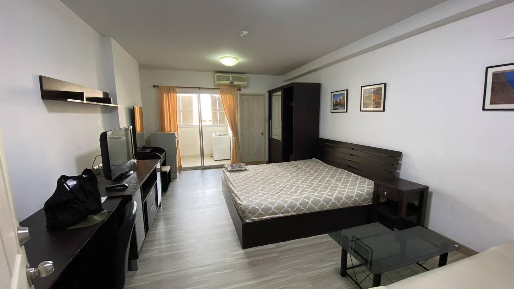ห้องพัก เช่า คอนโด รัชดา สะดวก ปลอดภัย ใกล้รถไฟฟ้าใต้ดิน ห้างเดอะสตรีท บิ๊กซีรัชดา