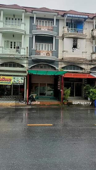 ขายอาคารพาณิชย์หน้าโรงเรียนมารีวิทยา พิมลราช บางบัวทอง จังหวัดนนทบุรี