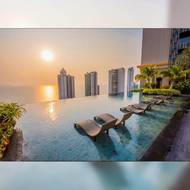 Sale คอนโดหรู Riviera Wongamat ห้องมุม(ห้องวิวดีมาก มีแค่ชั้นละห้อง) 70.77ตร.ม ชั้น22 9.9M
