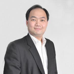 ผู้ช่วยศาสตราจารย์ ดร.กองกูณฑ์ โตชัยวัฒน์