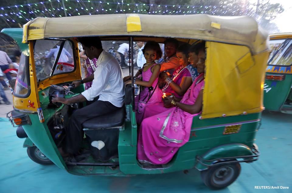 ไฮเทค!!! อินเดียพัฒนาแอพฯ เรียกรถตุ๊กๆ!! แถมทราบชื่อคนขับ-เส้นทาง!